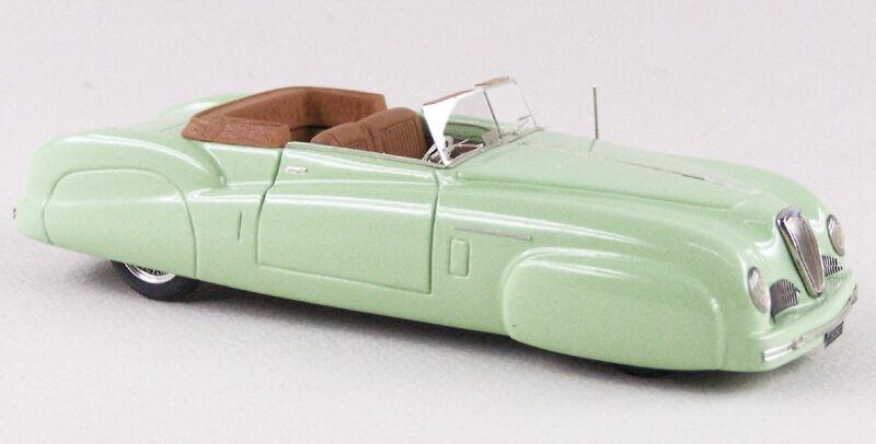 ABC 147V  LANCIA ASTURA CABRIOLET - FARINA 1947 - LIGHT vert