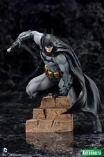 Kotobukiya DC Comics Batman Arkham City ARTFX+ Statue - Justice League, Robin