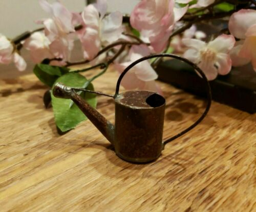 """VINTAGE CRAFT//Miniature Dollhouse Rust//TIN Metal watering CANS//BUCKETS 2/""""-4/"""""""