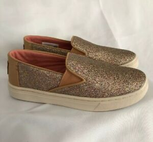 gold glitter canvas shoes