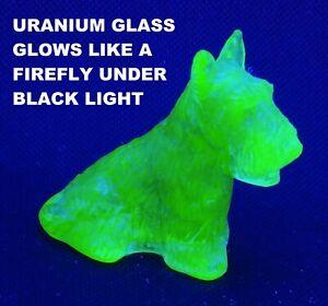 DUKE-the-SCOTTIE-DOG-7-HONEYCOMB-Boyd-Collectible-Uranium-Glass-Figurine