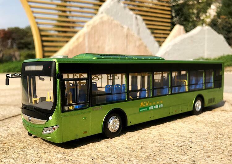 1 42 Zhengzhou Yutong Bus Original manufacturer Electric bus car alloy model