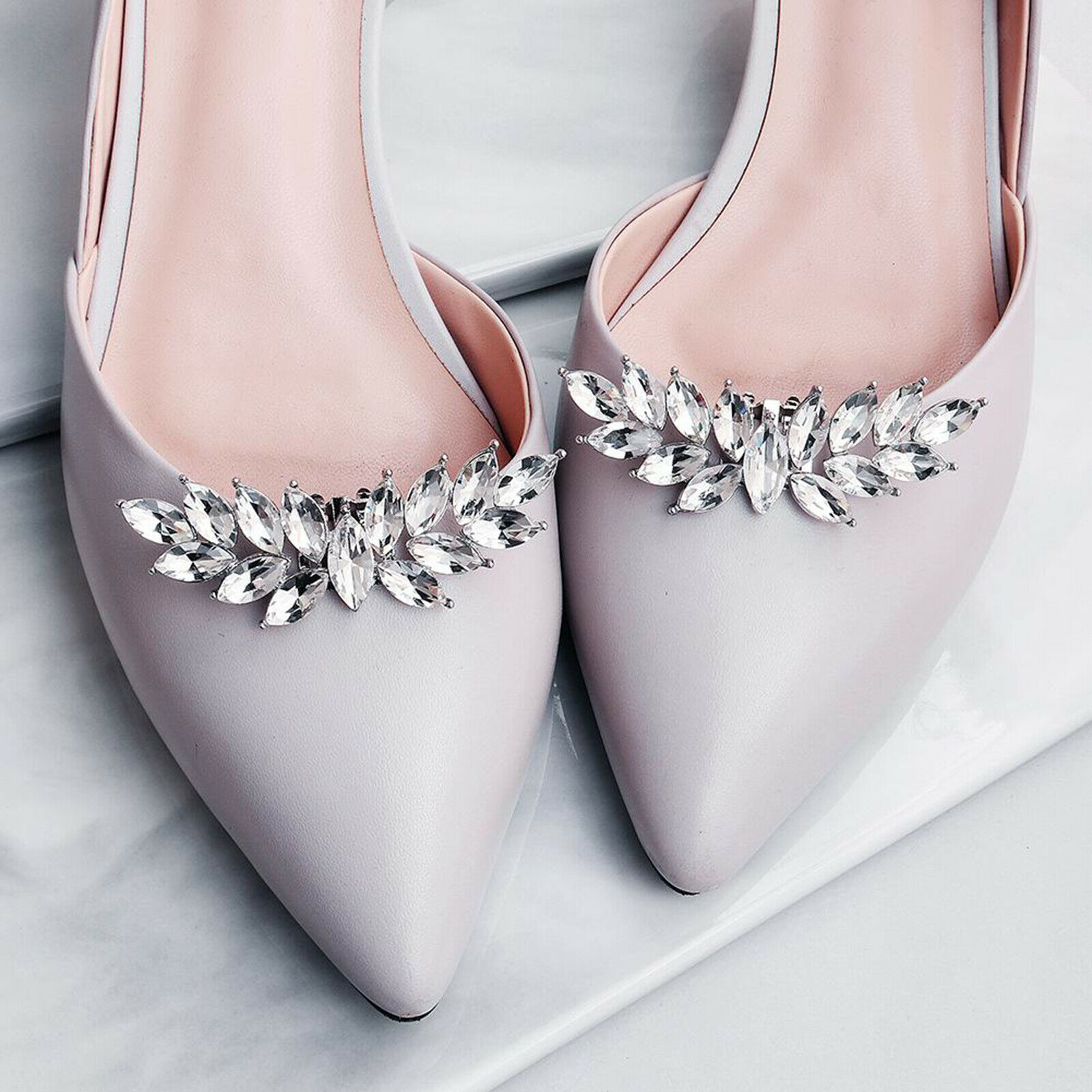 1 pair of rhinestone bridal shoe clips applique patch with pearl crystal