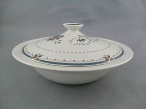 Royal-Doulton-Old-Colony-Tureen-Covered-Vegetable-Dish