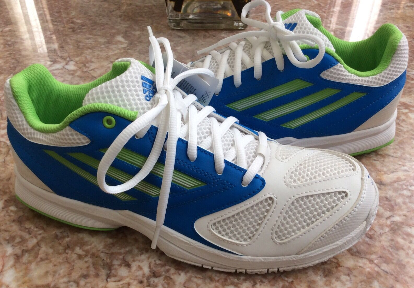 New Adidas Feather Team 2 Men's White bluee Green Handball shoes Size 7.5  G96456