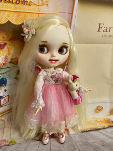 Icy doll. Details about  /Customized DRESSED Platinum BLOND Blythe Doll Teeth