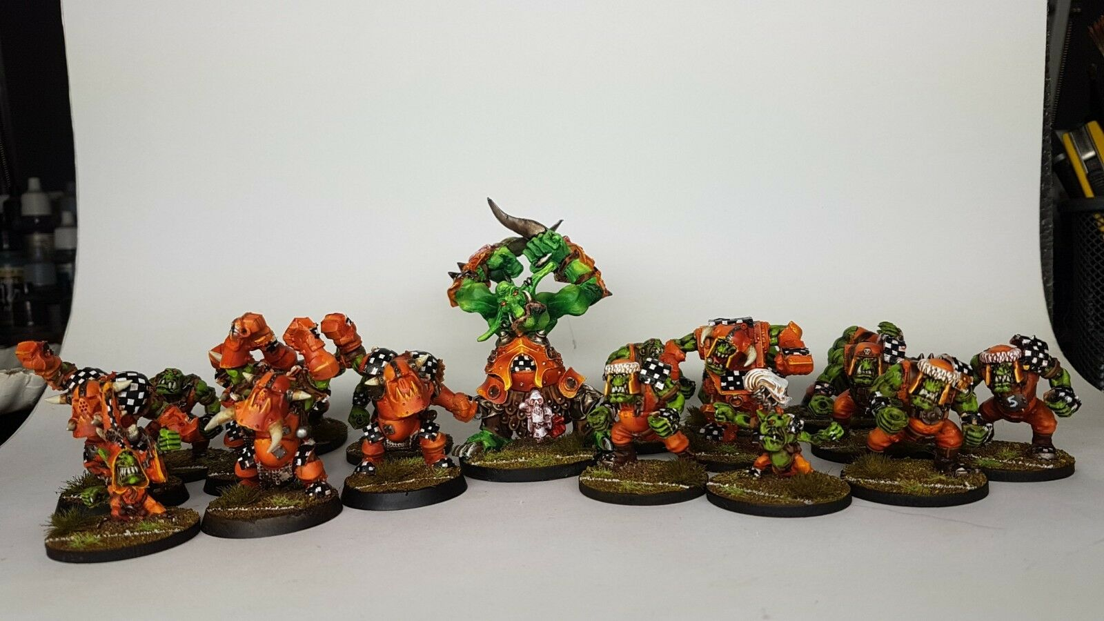 BLOOD BOWL ORKS TEAM Custom & Propainted C - Commission to Order