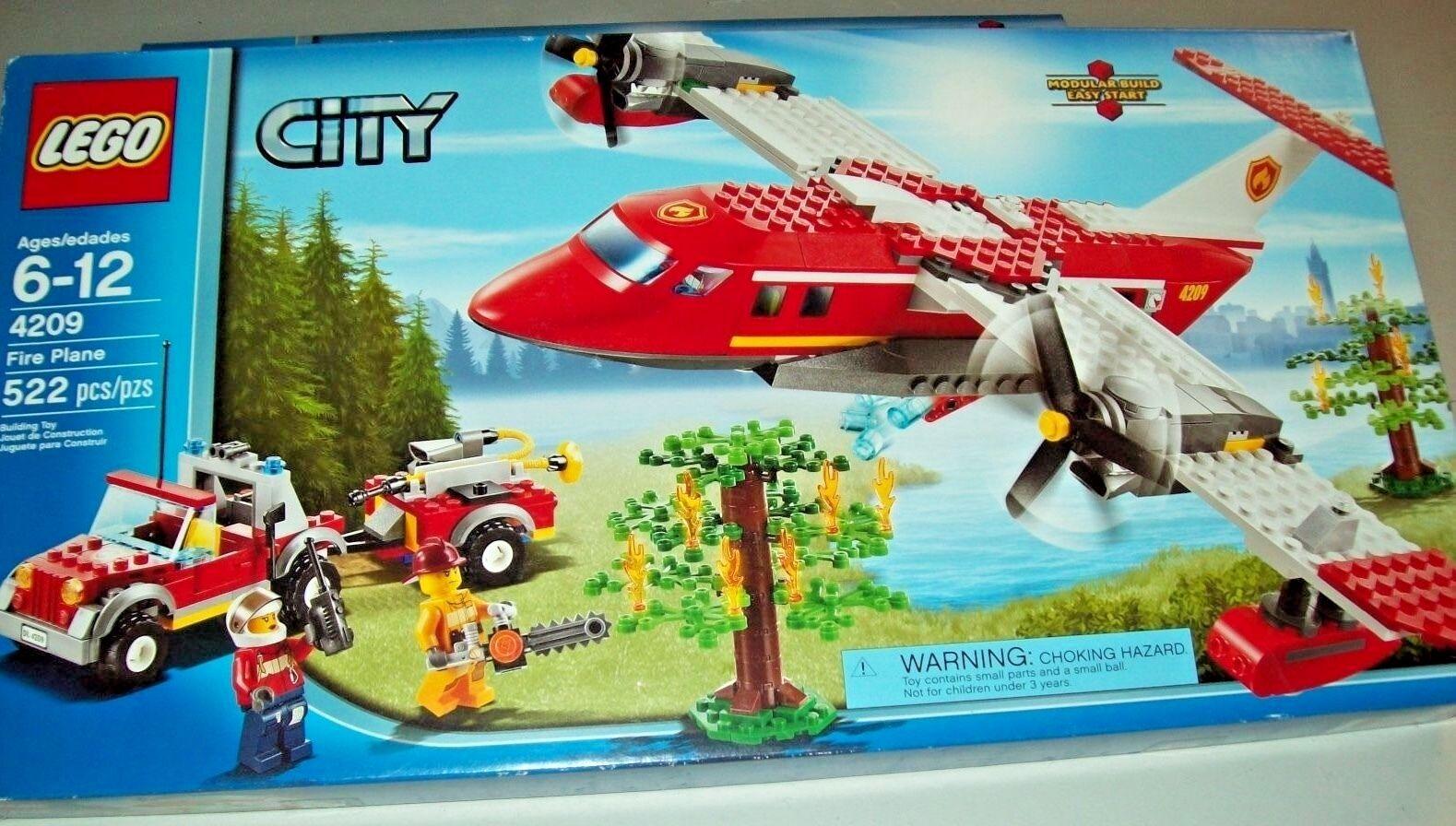 LEGO 4209 City Fire Plane  - RETIROT SEALED 522 pcs