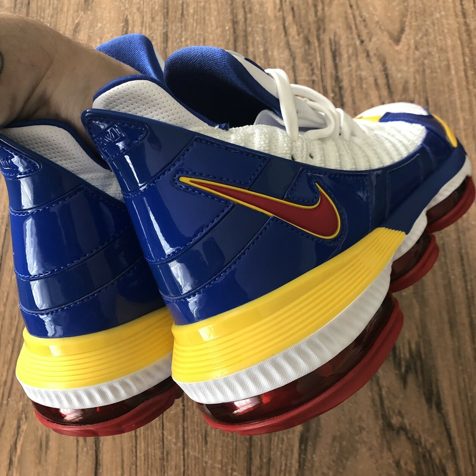 outlet store 8eaca 8927f ... A1046G A1046G A1046G Nike Lebron XVI Superbron CD2451-100 Mens  Basketball Sneakers Size 10 NEW ...