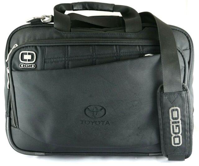 OGIO 417015 Black Black Upton Computer Laptop Messenger Bag//Briefcase