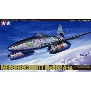 Tamiya-61087-Messerschmitt-Me262-A-1a-1-48