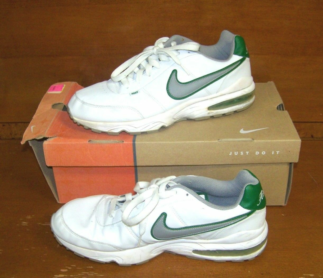 Nike Air Max Men's (Size 12) USED Green & White Tennis shoes In shoes Box