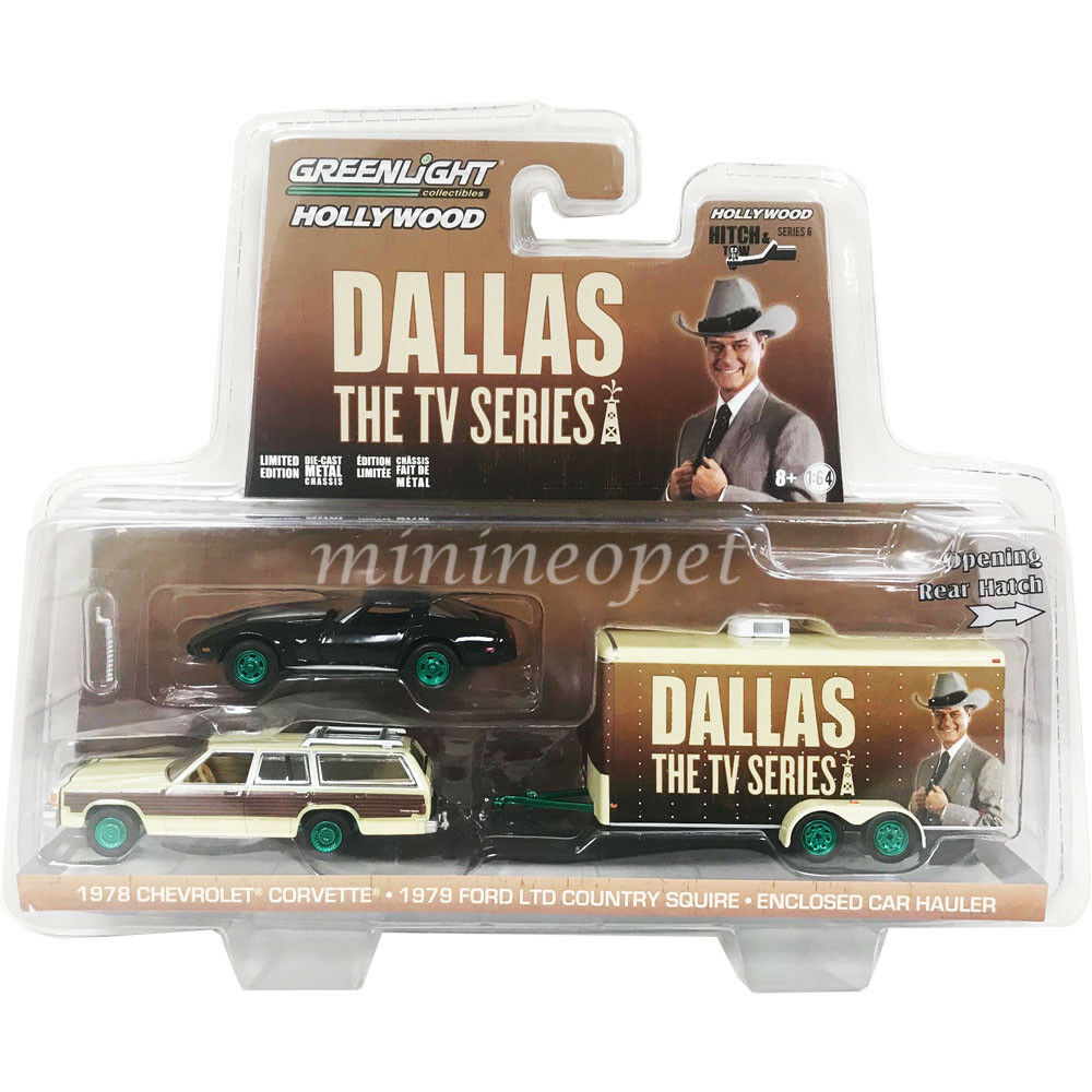 GREENLIGHT 31070 C DALLAS FORD COUNTRY SQUIRE & CORVETTE C3 1 64 Chase