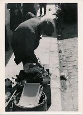 SETE c. 1937 - Chiffonier dans la Rue Hérault - P 1267