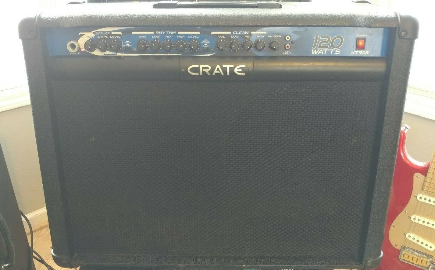Crate XT120R Guitar Amplifier 120- Watts 3-Channels 2x12  w free echo pedal  VGC