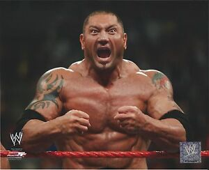 DAVE-BATISTA-WWE-WRESTLING-8-X-10-AUTHENTIC-LICENSED-PHOTO-NEW-586