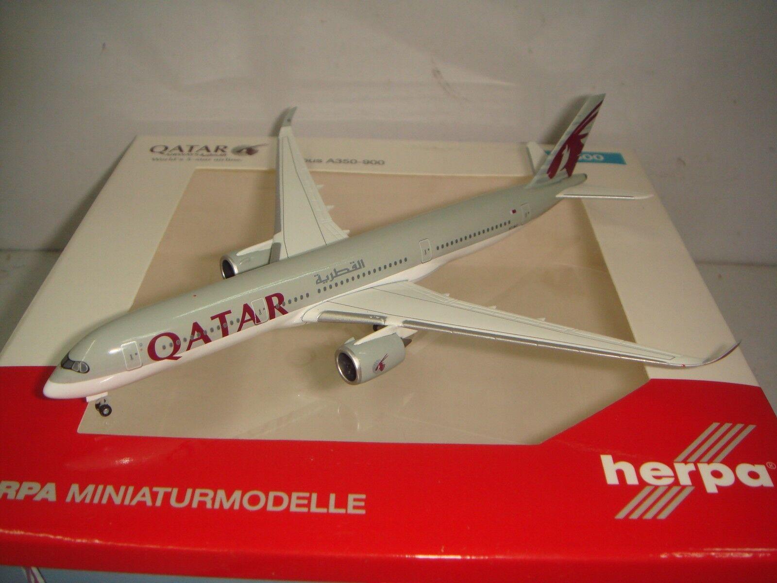 HERPA WINGS 500 Qatar Airways QR A350-900  2010 S couleur  1 500 NG