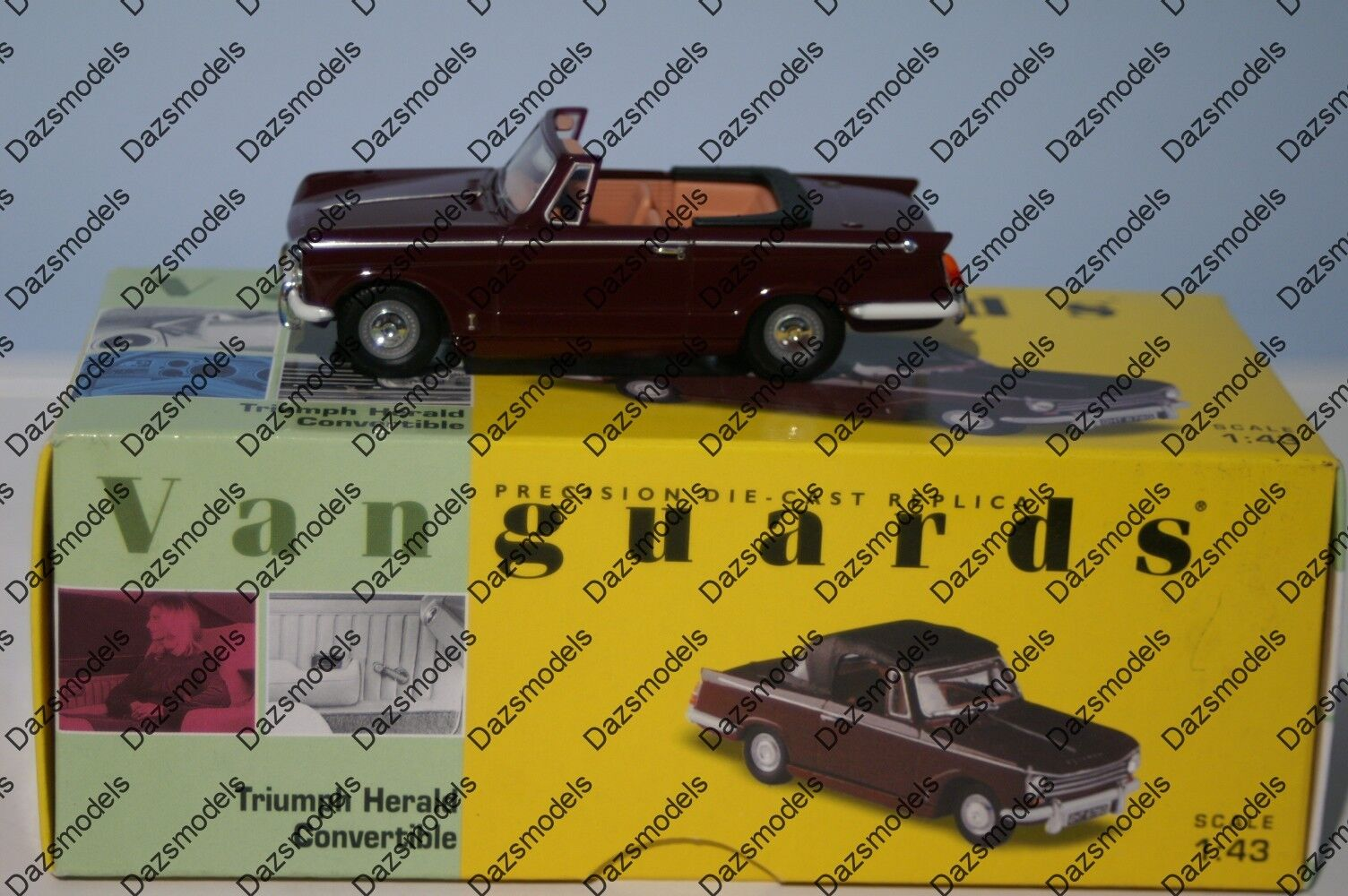 Vanguards Triumph Herald Congreenible Damson VA07400 1 43 Scale