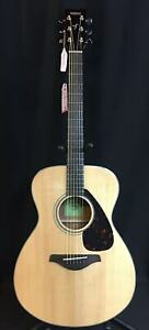 Yamaha FS800 Folk Size Acoustic Guitar Solid Sitka Spruce Top Gloss Natural