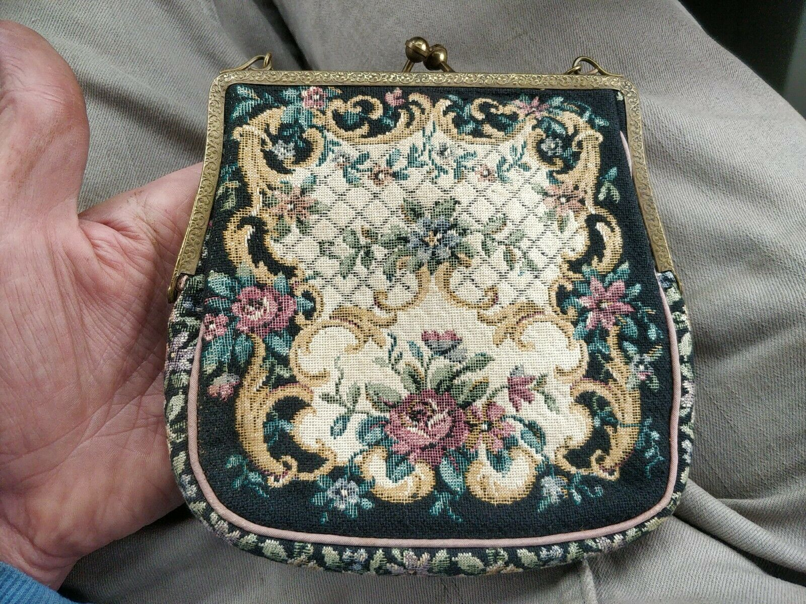 English Petit Point Ladies Tapestry Evening bag with Beaded Kiss Clasp