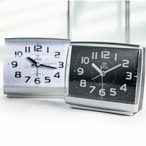 Classico-Orologio-di-Allarme-Silenzioso-movimento-al-quarzo-batteria-SVEGLIA-SCRIVANIA-CASA-TAVOLA