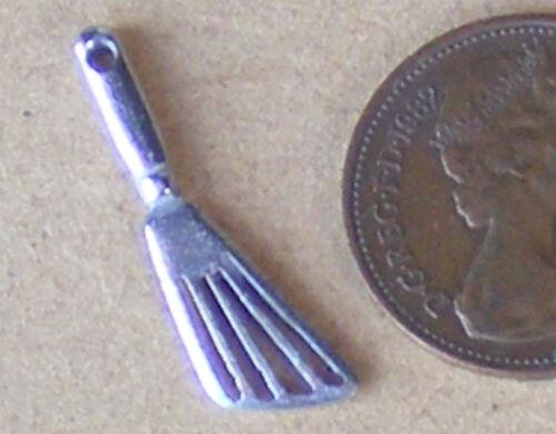 SCALA 1:12 non verniciata in Metallo Spatola per Casa delle Bambole Miniatura Accessorio Cucina