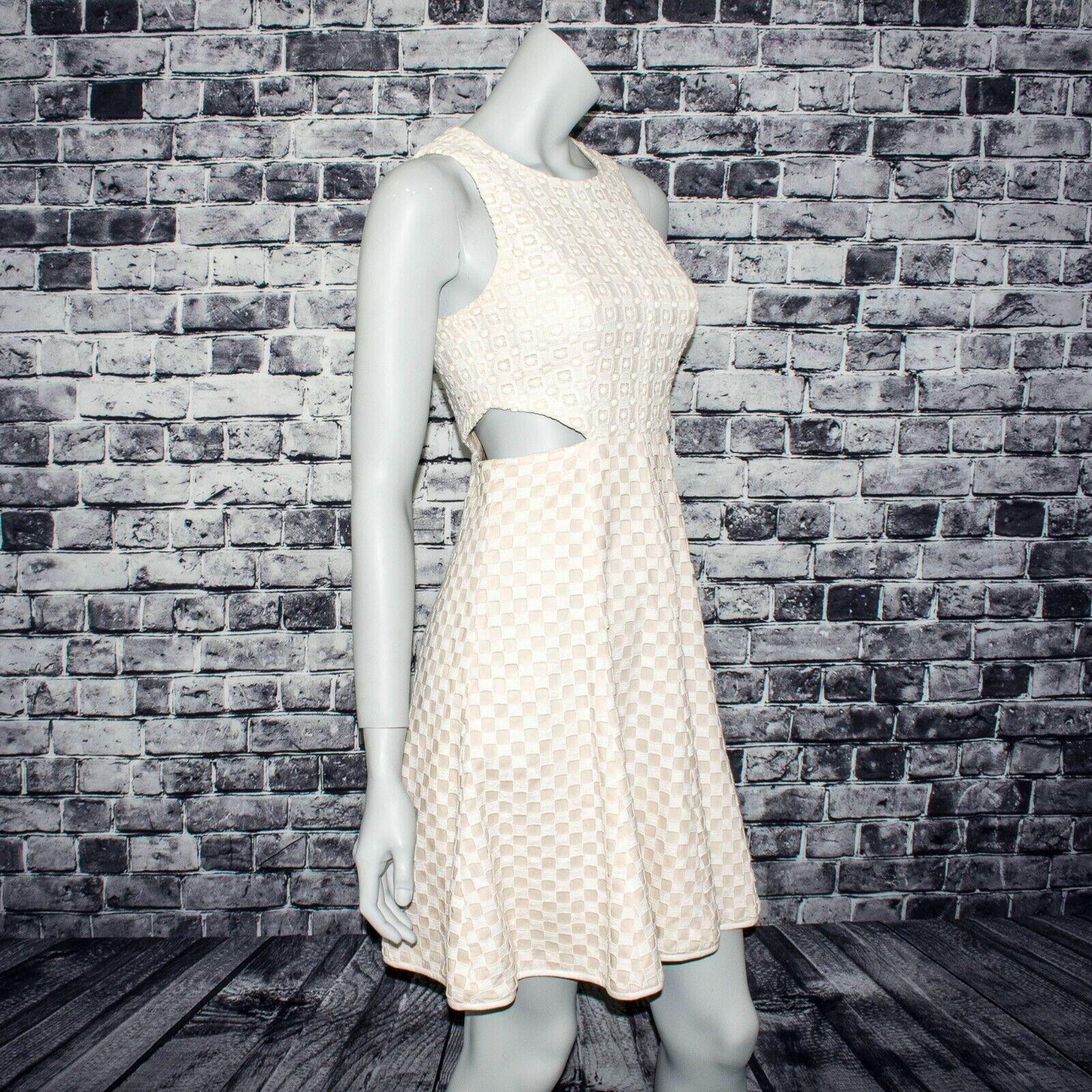 Tibi New York Woherren Side Cut out Dress Sleeveless Beige Knit layer Größe 4
