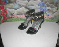 Anne Michelle inferno Black Sandals W Beads Stone & Shells Sz 8