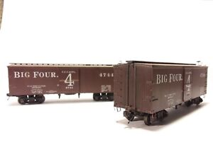 roundhouse ho scale 36' boxcars Pair of CCC&St.L. Big 4 from Liberty Street col.