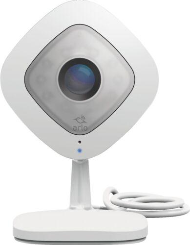 Arlo White//Black Q Indoor 1080p Wi-Fi Security Camera