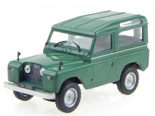 Land Rover Series 2 grün Modellauto in Vitrine Atlas 1:43