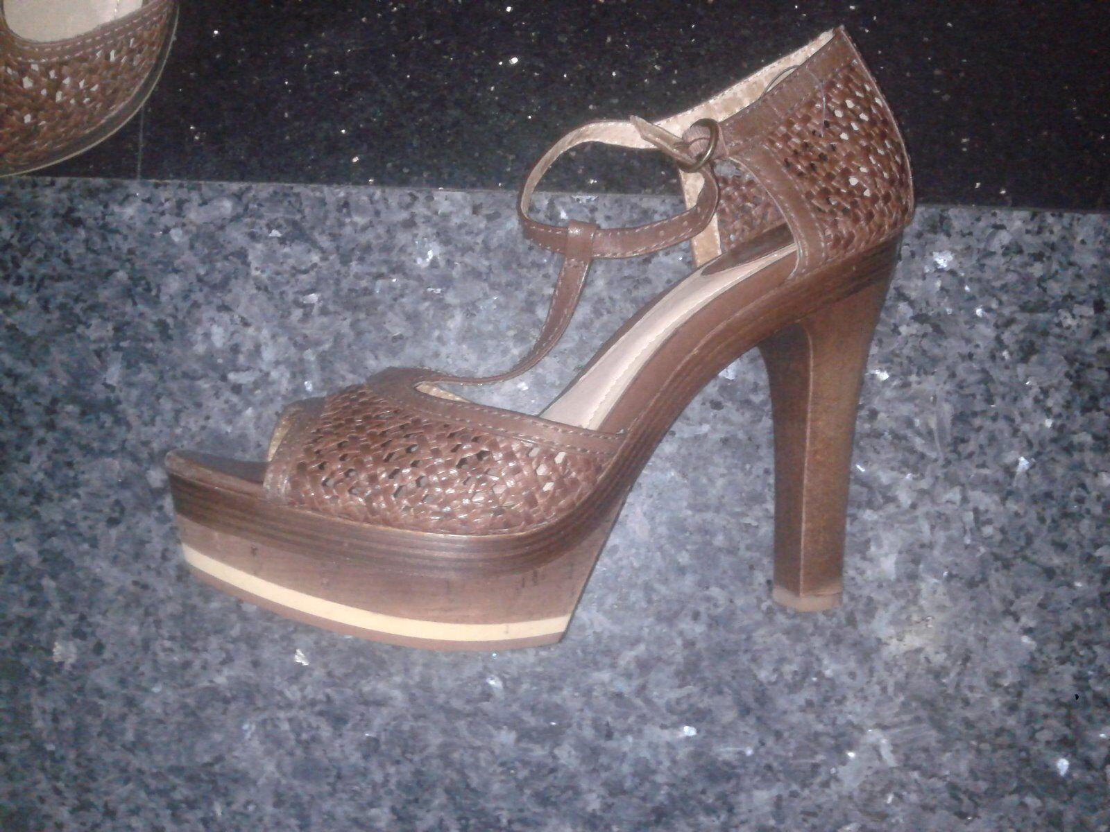 Alexander Wang Black Gemma Cutout Leather Mules Sandals. Size 38.5