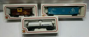 Lot-of-3-Bachman-HO-Scale-Train-Cars-Caboose-Boxcar-amp-Tanker-Vintage-Stock