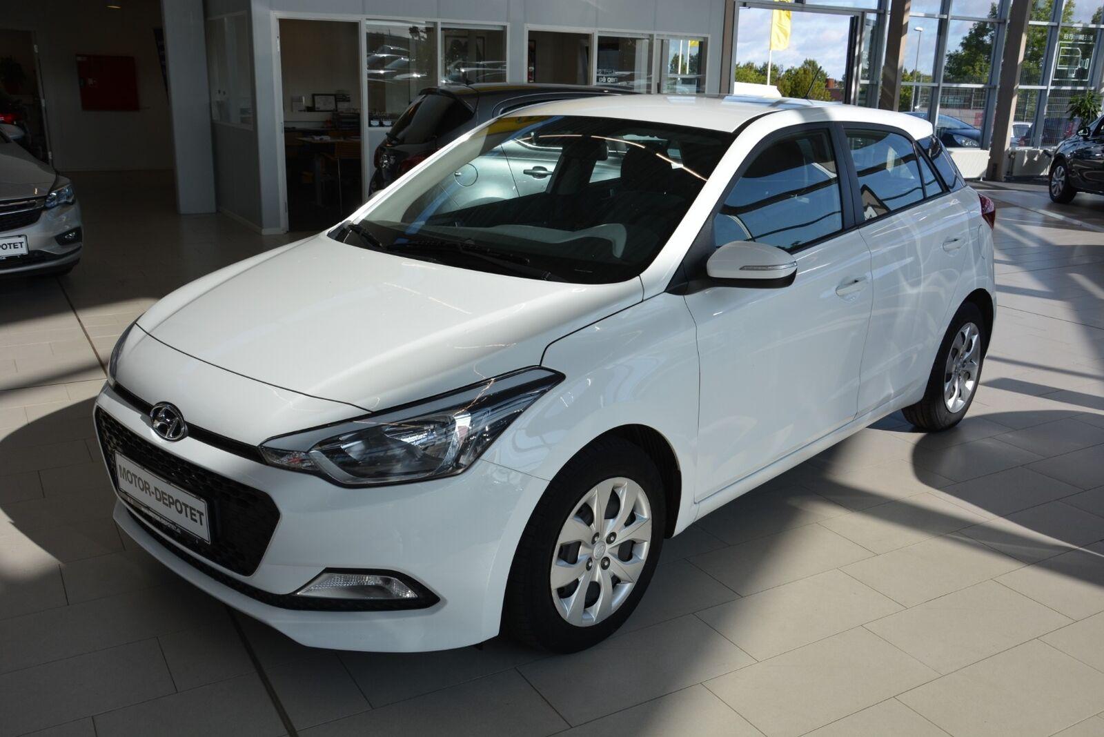 Hyundai i20 1,25 Move 5d - 84.900 kr.