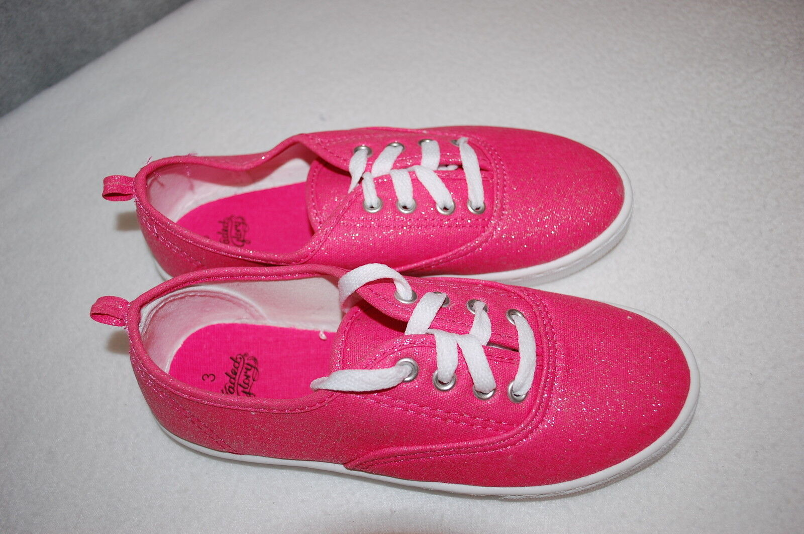Girls PINK CANVAS TENNIS SHOES w