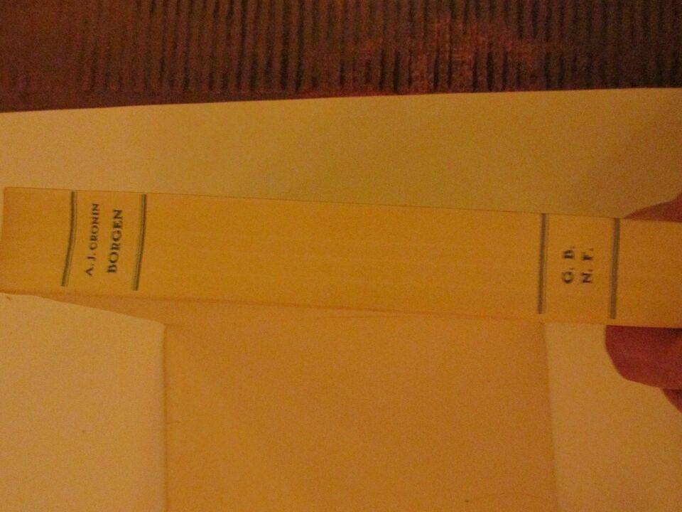 Borgen, A. J. Cronin, genre: roman