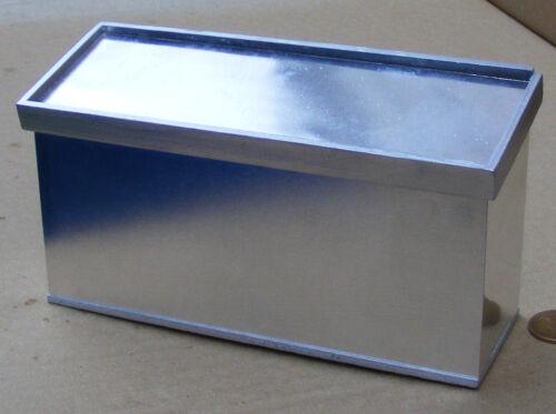 1:12 SCALA di legno e metallo color argento Display contatore tumdee Casa delle Bambole Negozio Di Pesci C