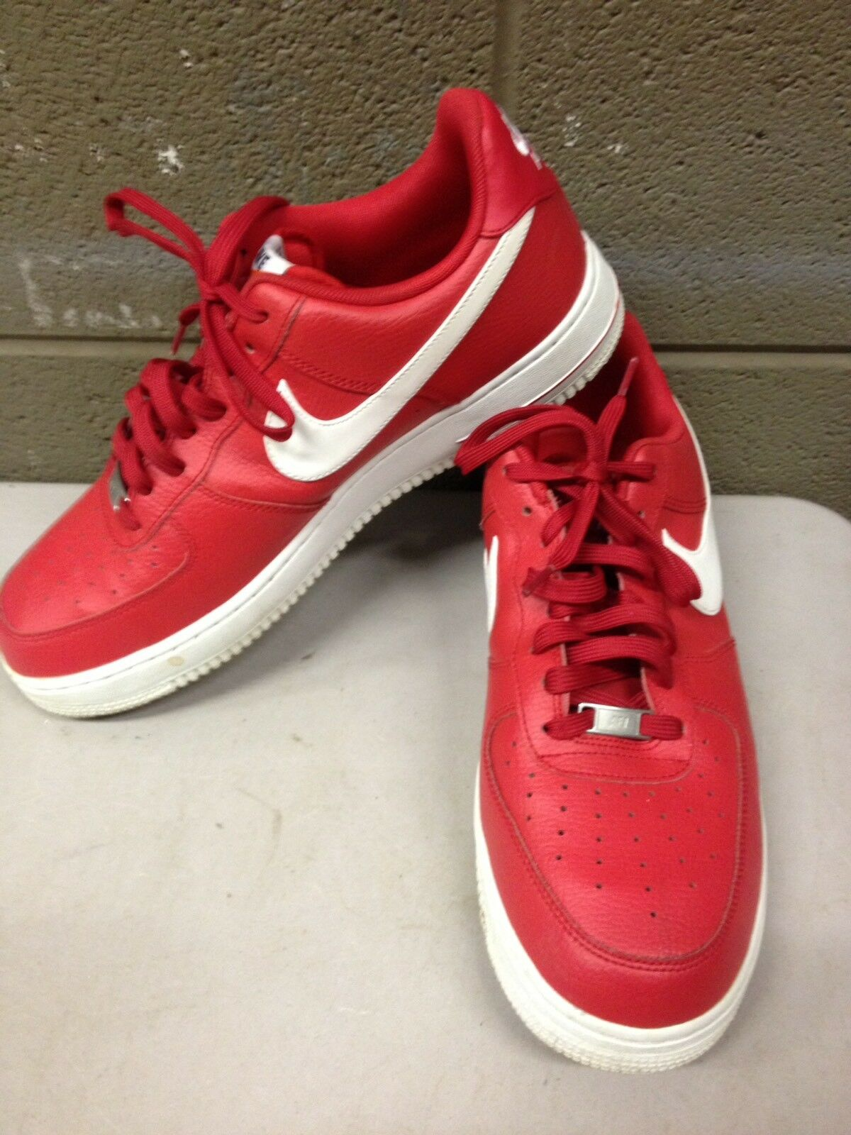 Nike Air Force 1 Low University Red White Supreme 488298-624 Size 11.5 Shoes AF1