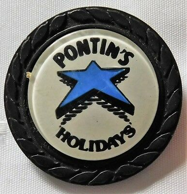 Vintage Pontins button badge holiday camp park Blue star