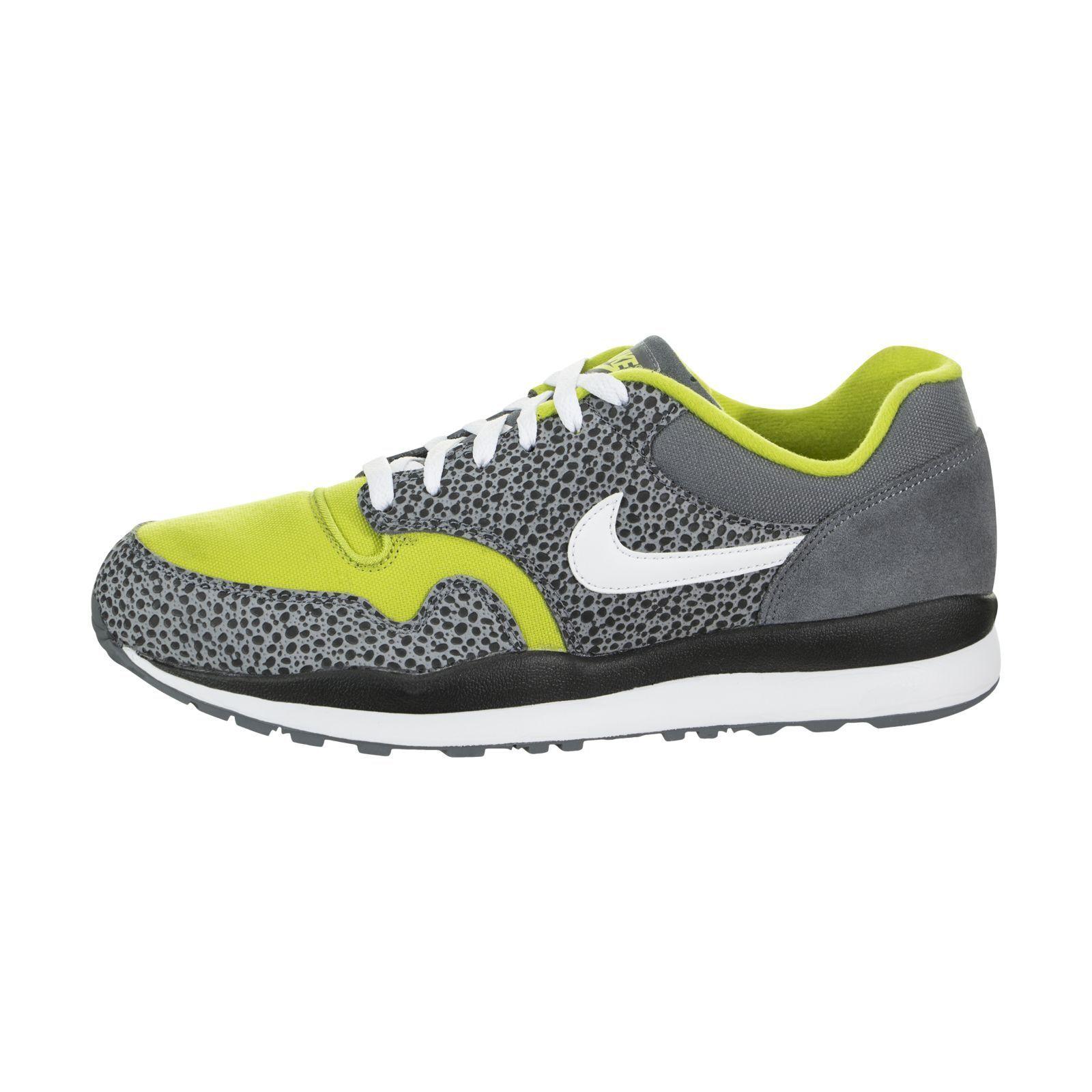 Nike air safari se flint grigio / bianco brillante cact