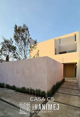 Se vende casa NUEVA MODERNA en Toluca Estado de Mexico