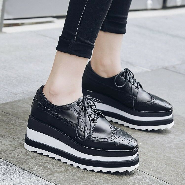 femmes Platform Wedge Heels Creeper chaussures Lace up Brouge chaussures Wingtips Oxfords