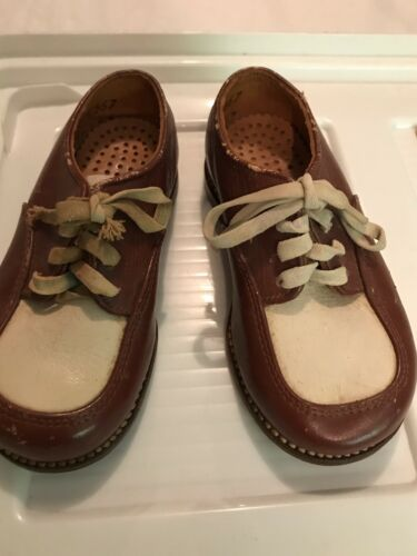 1960s Child Two Tone Dress shoes! - image 1