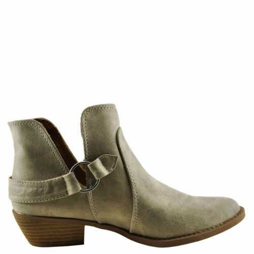 Qupid Sochi 127 Stone Distress Women/'s Closed Toe Buckled Ankle Bootie