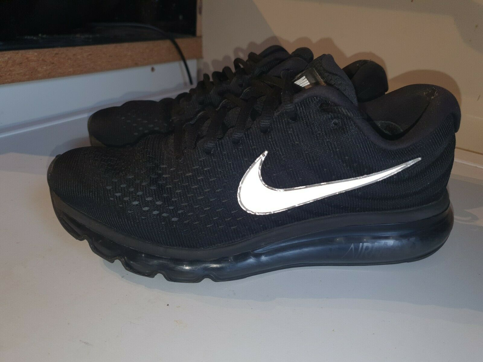 Homme Nike Air Max 2017 Taille UK 7