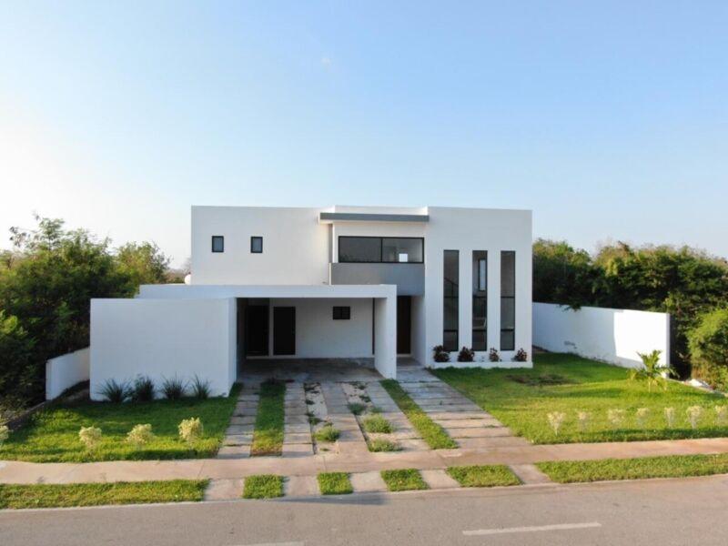Preciosa Casa en Dzidzilché Residencial Phula