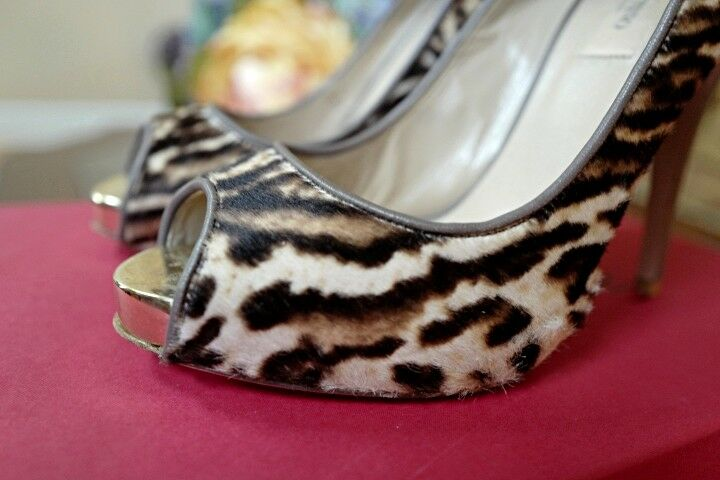 Preowned Valentino Heels Leopard Print size 37