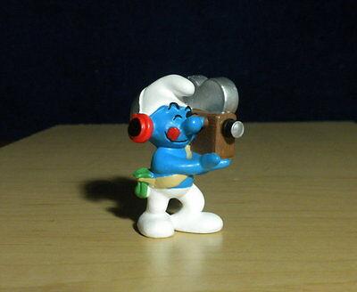 Smurfs 20531 Fan Smurfette Soccer Smurf Vintage 2003 Toy Sports Figure Schleich