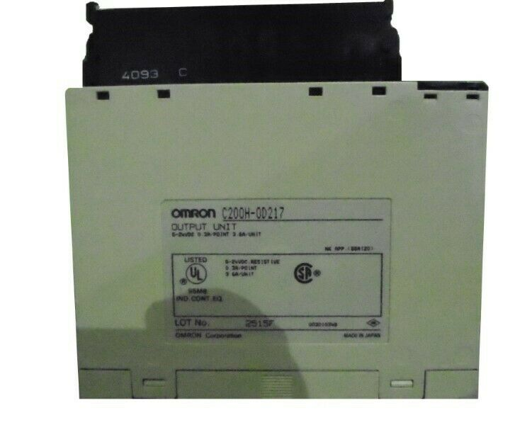OMRON C200H-0D217 OUTPUT UNIT  USED