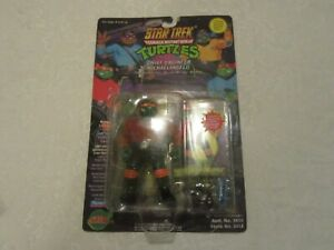 Playmates-TMNT-Teenage-Mutant-Ninja-Turtles-Star-Trek-Engineer-Michelangelo-1994